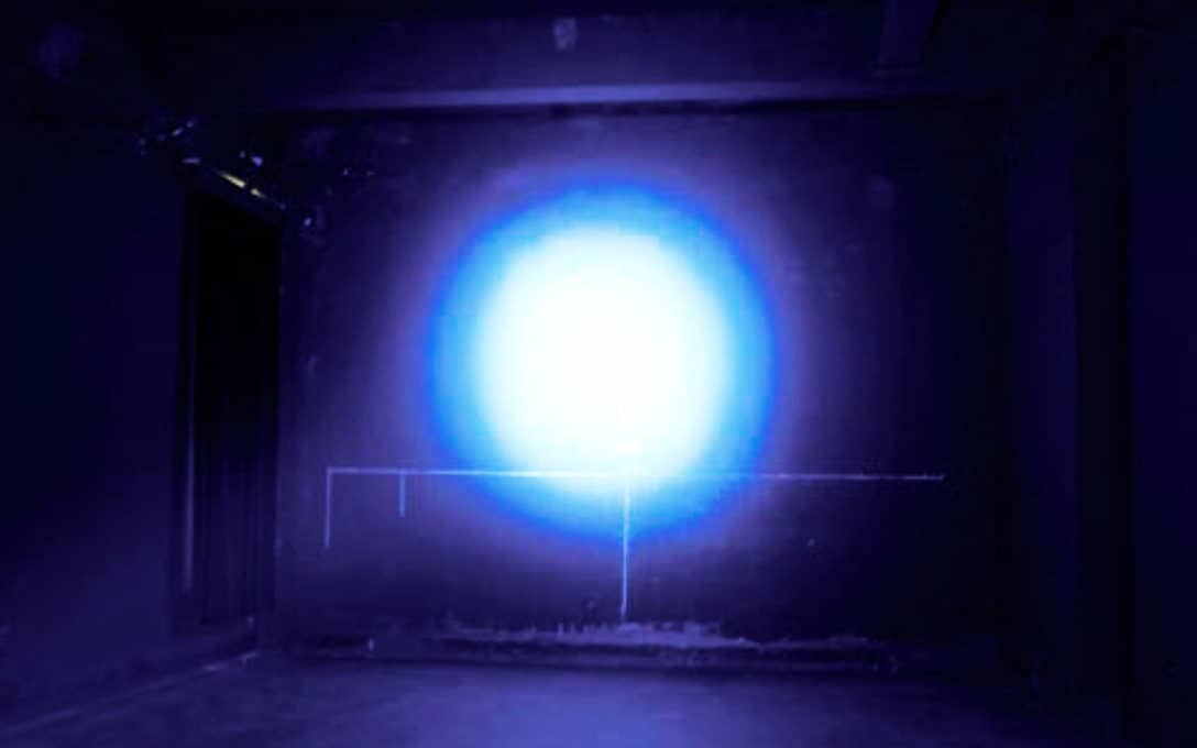 Ultra-Blue Crop Spray Light Beam